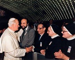 S Janem Pavlem II., pouť ke svatořečení Anežky České (listopad 1989)